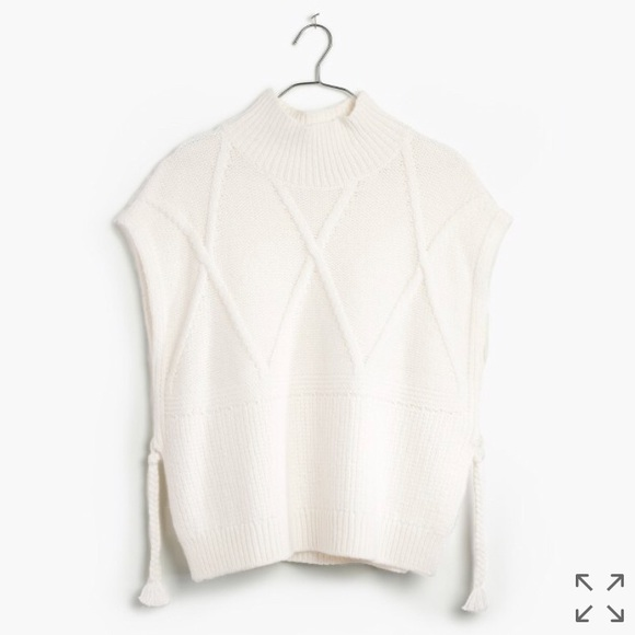 8adab372263c8d NWT Madewell Cable Knit Side Tie Sweater Vest
